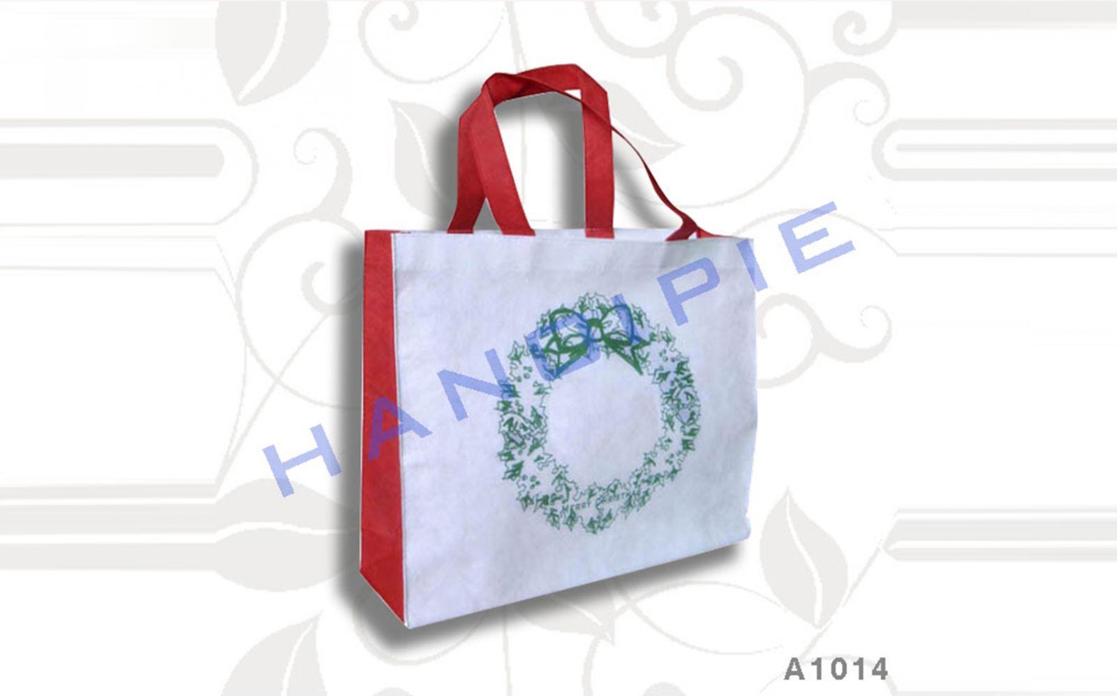 Túi mua sắm làm từ sợi polyester